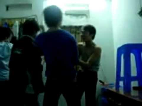 Đột Kích 1 Tụ Điểm Thác Loạn Tập Thể   Dien Dan Teen Viet Nam   Tin shock   Tin scandal   Tin Vip   Tin teen
