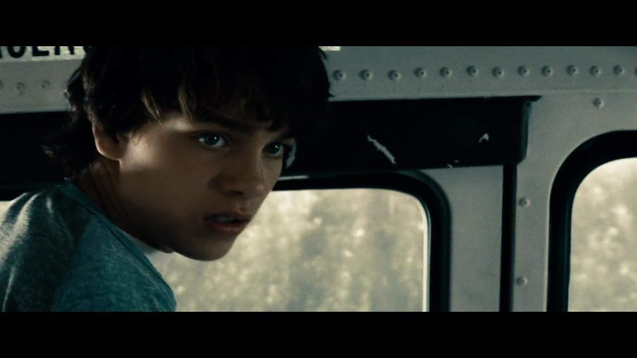Download Man of Steel - Young Superman Saves The School Bus (1080p Bluray) - Superhero Fantasy