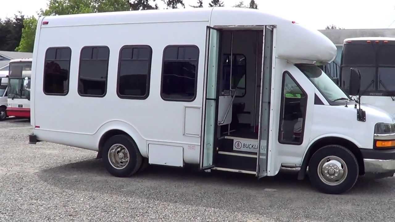 Northwest Bus Sales - 2009 Ford Goshen 4WD 25 Passenger ...  |Passenger Shuttle Buses