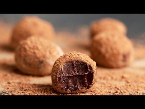 Easy Chocolate Truffles 4 Ways