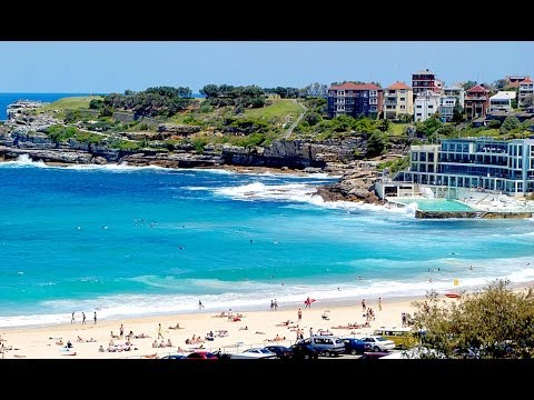 Bondi Beach  / Tamarama Beach - Coastal Walk Sydney