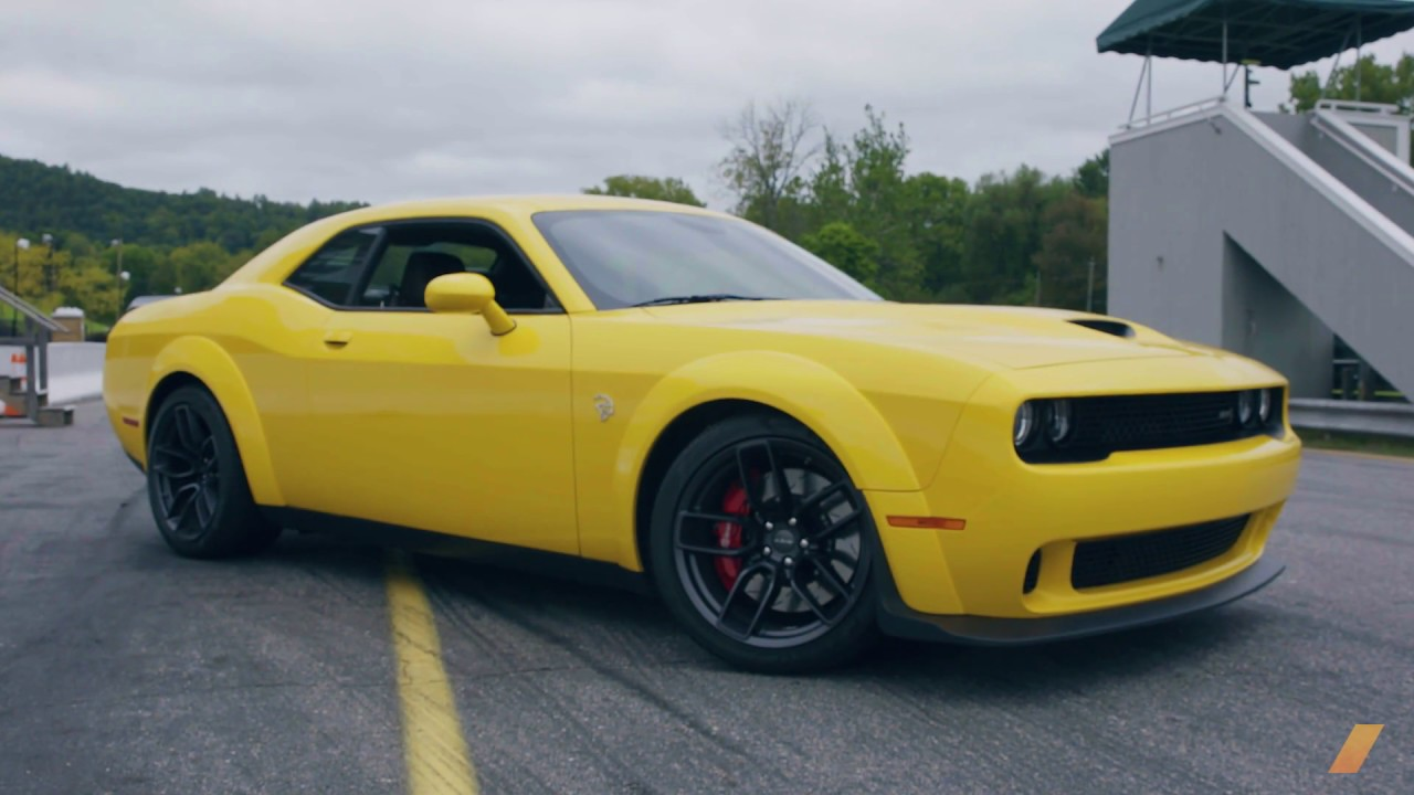 Dodge Challenger Hellcat Widebody Test Drive