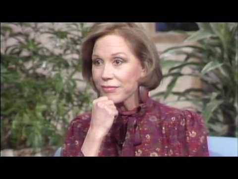 Mary Tyler Moore in a rare interview!