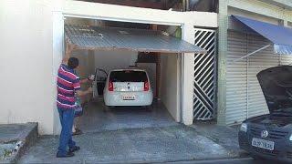 Garagem estreita com subidinha