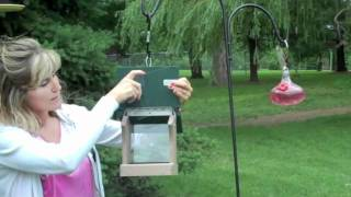 Birds Choice Recycled Hopper Feeder - For The Wild Birds