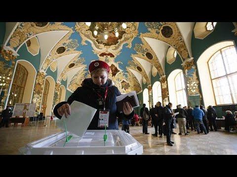Russos já votam para as eleições presidenciais