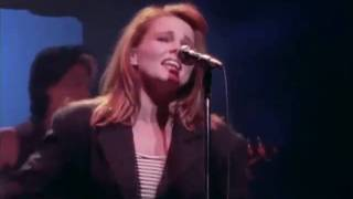 Watch Belinda Carlisle Fool For Love video
