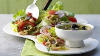 Салат со свежими кальмарами. Вкусный греческий салат.