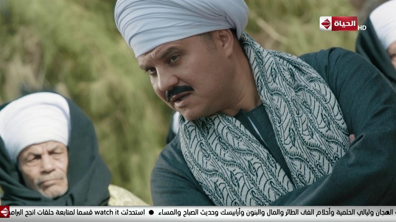 مسلسل بت القبايل - الشيخ عيسى عامل مجلس صلح للحمايدة والعرايسة بعد خناقة كبيرة بينهم