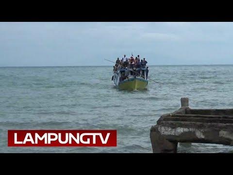 Dievakuasi, Tangis Pengungsi Tsunami Sebesi Pun Meledak