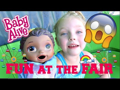 BABY ALIVE goes to the FAIR! SCARY RIDES n FARM ANIMALS! The Lilly and Mommy Show. TOYTASTIC