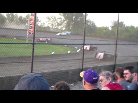 Late Model Heat 2 @ Marshalltown Speedway 06/06/17