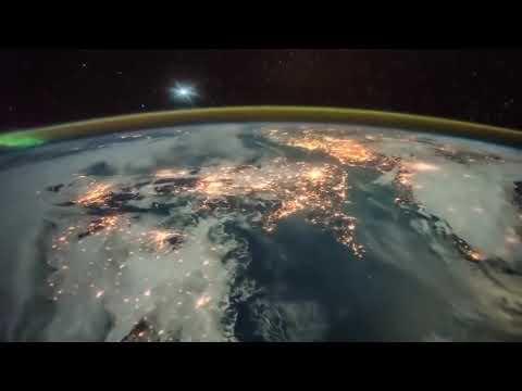 Восход солнца - снято в космосе с МКС - Россия
