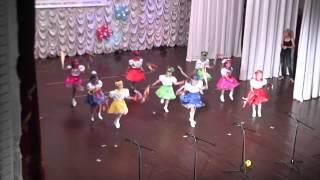 Танец к празднику День защиты детей. МДОУ № 3