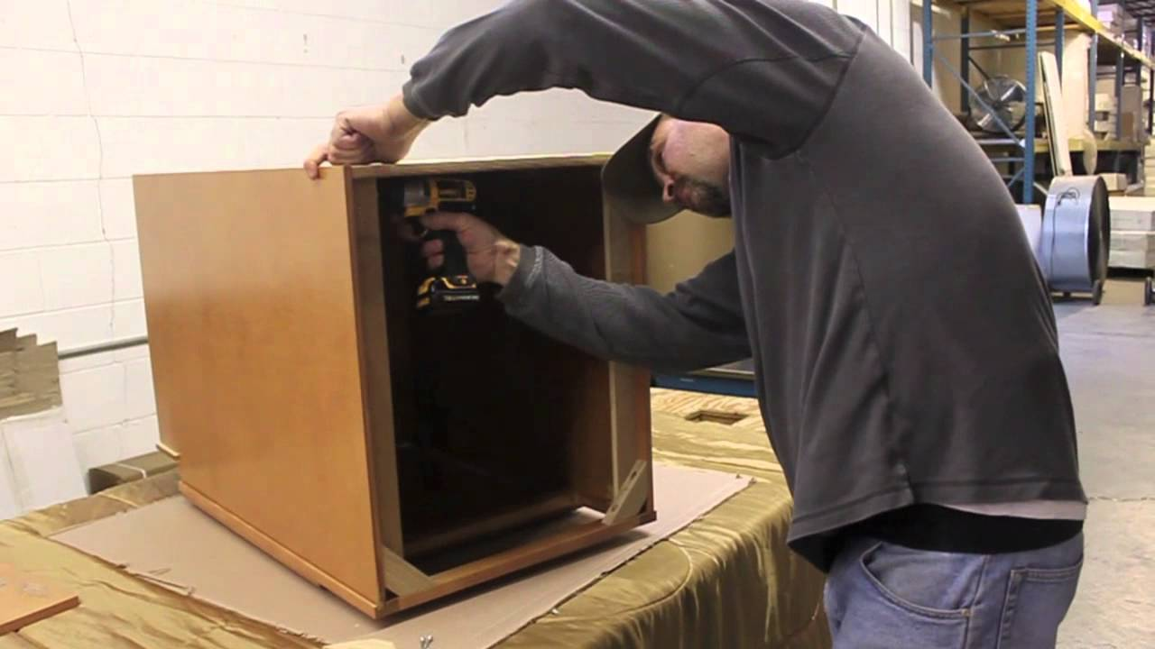 International Kitchen Supply - Assemble a Base Cabinet - YouTube