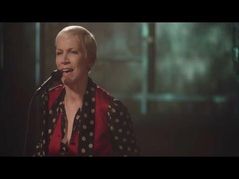 Puse Un Hechizo En Ti (I Put A Spell On You) - Annie Lennox - SUBTÍTULOS EN ESPAÑOL