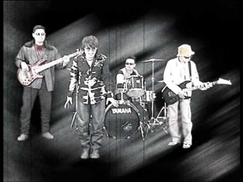 Budak Kacamata - Anak-Anak Kecil (Official Music Video)