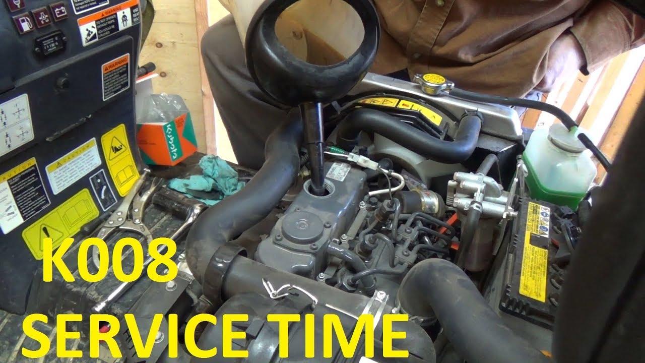 Kubota K008 Mini ex 100 hour oil change and service
