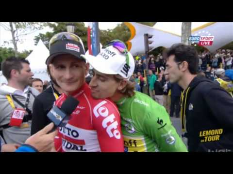 Peter Sagan pulls out another photobomb, this time with André Greipel