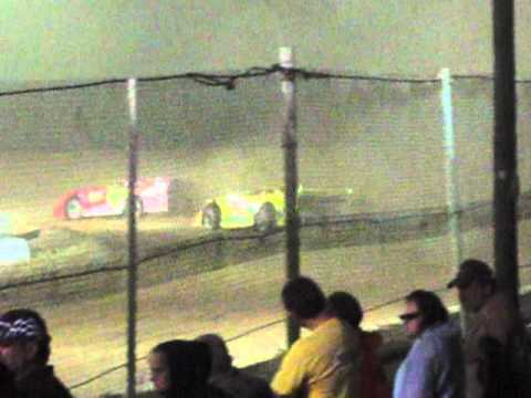 Lakeville Speedway Late Model Feature Aug 27 2010