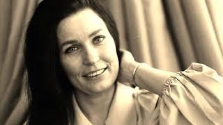 Loretta Lynn -- It Wasn't God Who Made Honky Tonk Angels