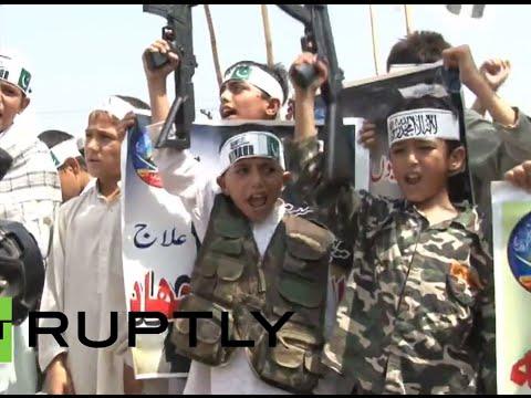 'One solution: Jihad and Jihad': Radical Islamist children burn Israeli flags in Pakistan