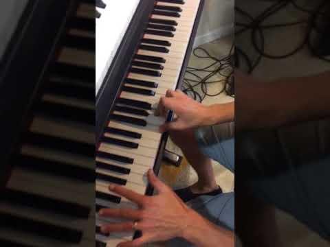 Rhiannon simple piano pt 1