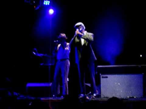 Gil Scott-Heron - I'll Take Care of You - Somerset House - London - July 14, 2010