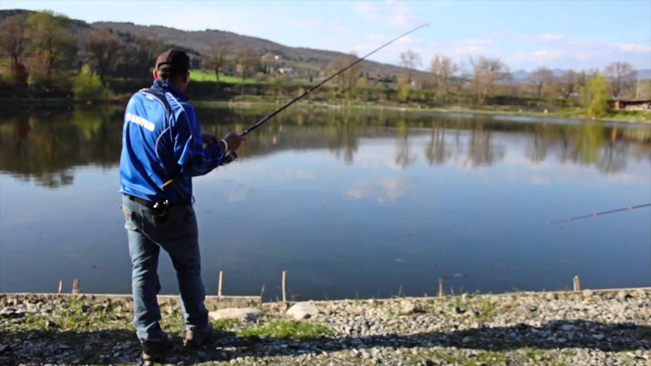 Fish on strategie di pesca alla trota in laghetto youtube for Sistema di filtraggio per laghetto