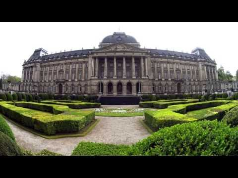 10 minutes | Royal Palace of Brussels, Belgium