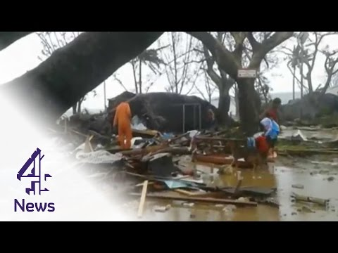 Cyclone Pam devastates Pacific islands of Vanuatu | Channel 4 News