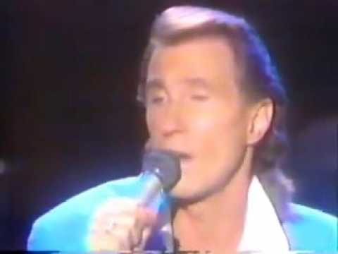 'Old Friend' Bill Medley tribute song to Elvis Presley (Live Performance)
