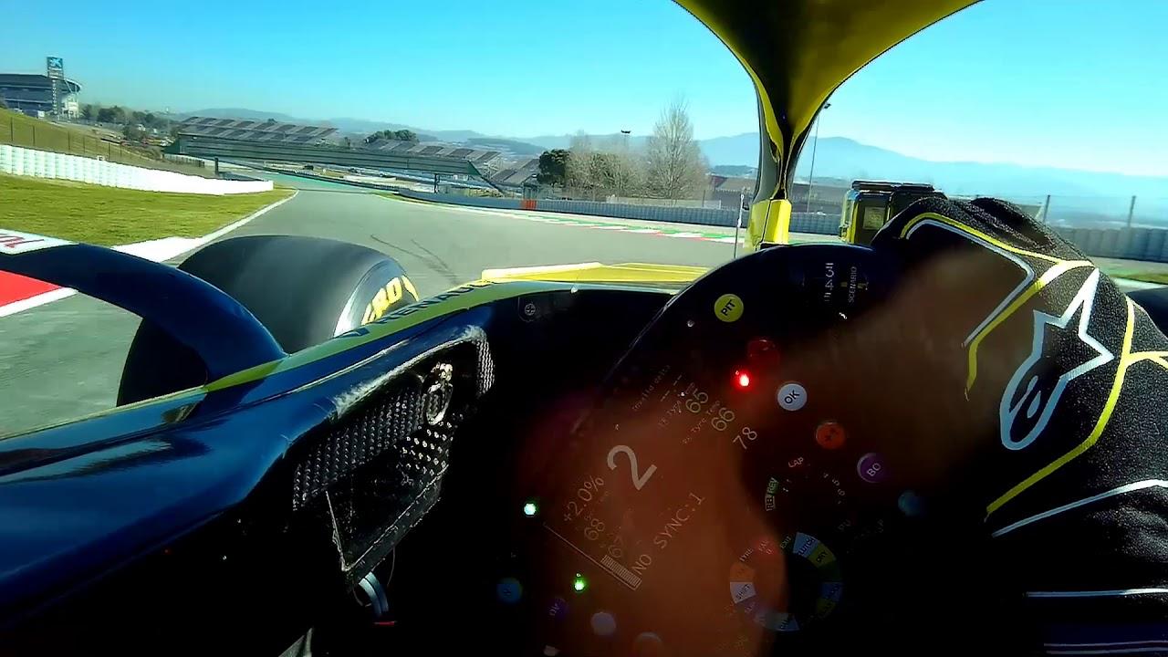 Daniel Ricciardo's First Lap in a Renault - Visor Cam | F1 Testing 2019 - FORMULA 1