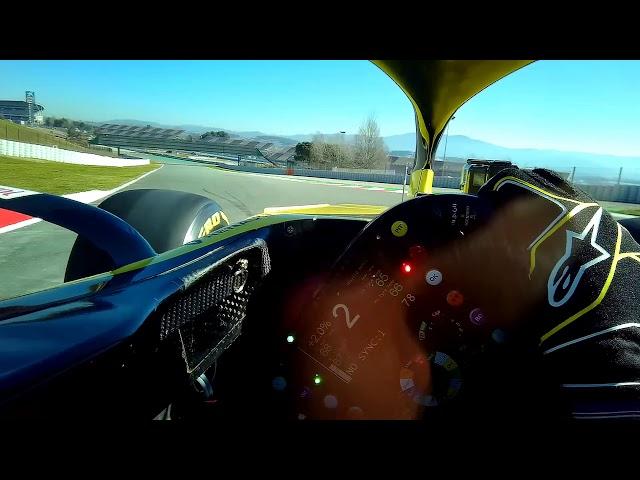 Daniel Ricciardo's First Lap in a Renault - Visor Cam   F1 Testing 2019