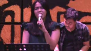 Thinking Out Loud - Ed Sheeran, Cover song by Lia Magdalena with  Glassymusic Jogja, Indonesia