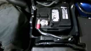 How To Replace Ford Focus Battery(How to change or remove the car battery in your Ford Focus Mk3 (2012+ model year). This video will give you a visual guide for this DIY. Just be prepare to work ..., 2013-06-15T01:20:27.000Z)