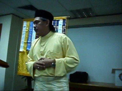 Pidato Perdana Azmi Manap - Pertaruhan