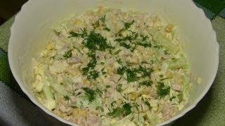 Салат из копчёной курицы и огурцов