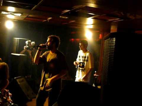 sky wikluh & dj rahmanee live O Kralju at  the club castro skopje 13 05 09