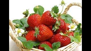летняя ПАНАМКА КЛУБНИЧКА крючком 👶 ШАПОЧКА Ягодка и вязаные СЛАНЦЫ 👣 Baby beanie strawberries