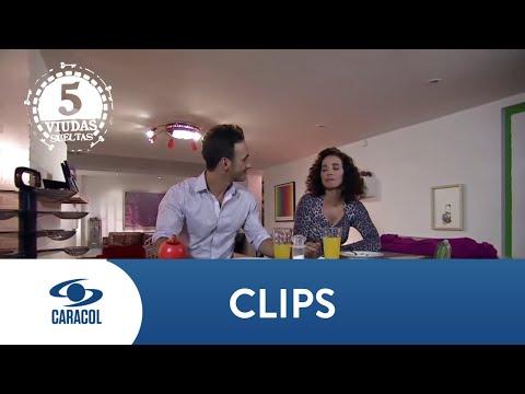 Samanta y Marcelo vuelven a tener un encuentro sexual - Cinco Viudas | Caracol TV from YouTube · Duration:  2 minutes 26 seconds