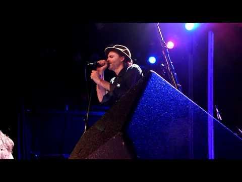 Fran Healy - River (Christmas song) @ NYC Bowery Ballroom 12.16.10