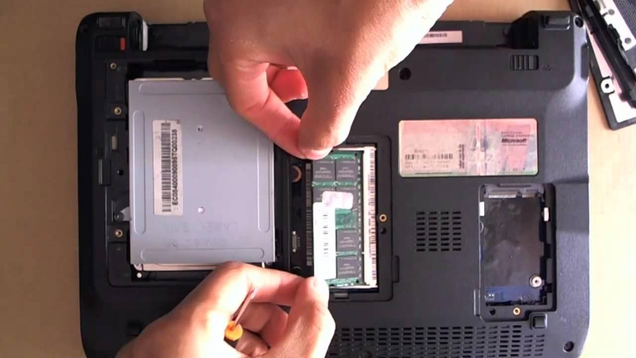 Desarmando-Armando Acer Aspire One D250-1530 1-5 - YouTube