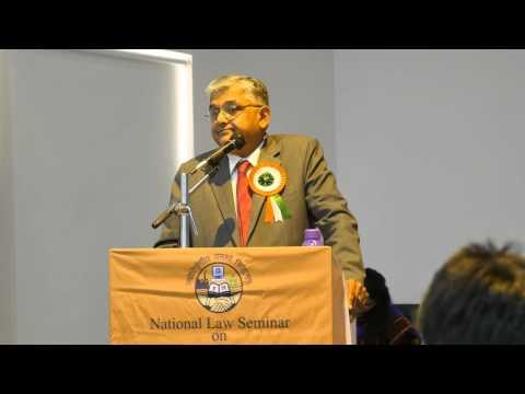 Hon'ble Justice Alok Singh Addressing Students Of Delhi Metropolitan Education