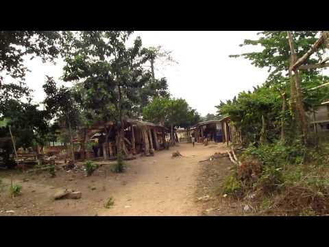 Wli Falls (Craft Stalls & Tourist Centre) [HD] - Volta Region, Ghana (February 2012)