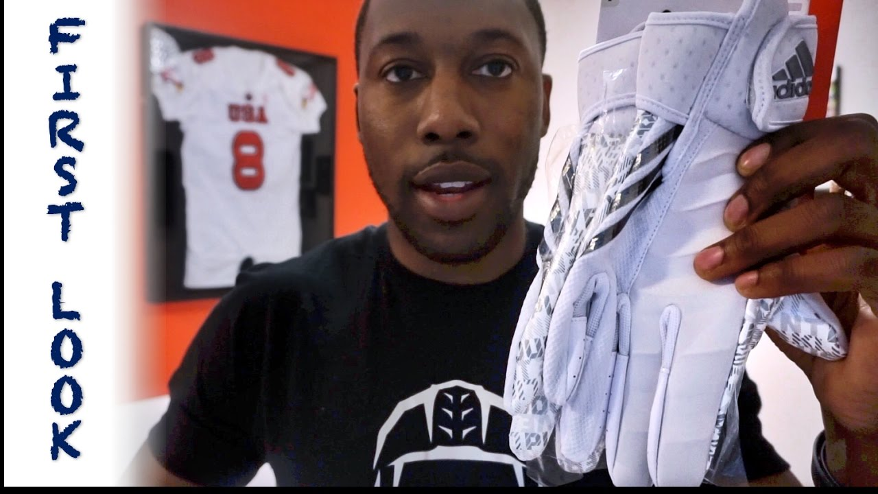finest selection 77eaf 29b10 ADIDAS CrazyQuick 3 Football Glove FIRST LOOK - Ep. 334 - YouTube