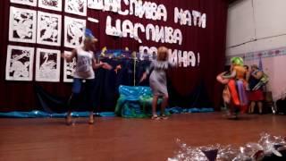Видео зарисовки с праздника Нептуна. Люся, Алена и Оля- в ролях кикимор.(, 2016-07-03T07:25:57.000Z)