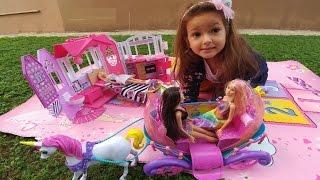 Video Elif Barbie ev ile 3 barbie piknik yapıyor, eğlenceli çocuk videosu, evcilik oyunları download MP3, 3GP, MP4, WEBM, AVI, FLV November 2017