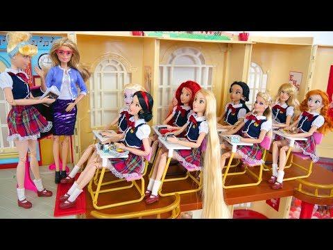 Boneka Barbie Rapunzel Sekolah Rutinitas Pagi - Barbie Rapunzel Kehidupan Sekolah