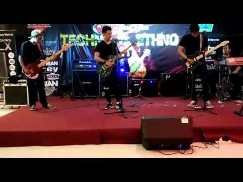Performe draf band acara w/w musik